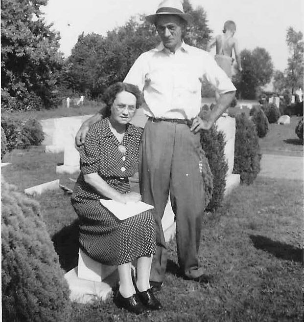 "Alice ""Allie"" Anne Ritter Brunk and 2nd husband Robert Peery (uncle Bob)"